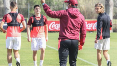 Photo of Sudamericana: Lanús presentó su lista con 32 jugadores juveniles