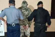 Photo of Fuera de sí, intentó apuñalar a varios oficiales de la Policía del Chaco