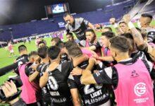Photo of En Liniers, triunfó el Lobo y se lo dedicó a su exentrenador