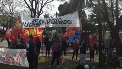 Photo of Organizaciones reiteran el pedido de justicia para las niñas asesinadas en Paraguay y el desprocesamiento de los militantes detenidos frente al Consulado paraguayo