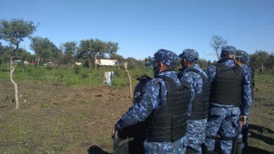 Photo of Denunciaron violento operativo policial en el barrio Evita de Sáenz Peña