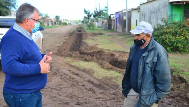 Photo of Castelli: trabajo de cuneteos en barrios
