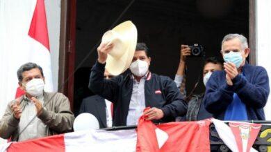 Photo of Perú: Con más del 99% escrutado, Castillo se perfila en la Presidencia
