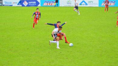 Photo of For Ever ganó y se acomodó; Sarmiento no pasó del empate