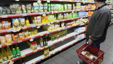 """Photo of """"La economía esta tan desfasada que ni las ofertas garantizan ventas"""""""