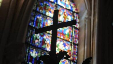 Photo of Denunciaron 330.000 casos de abuso sexual en Iglesia católica de Francia